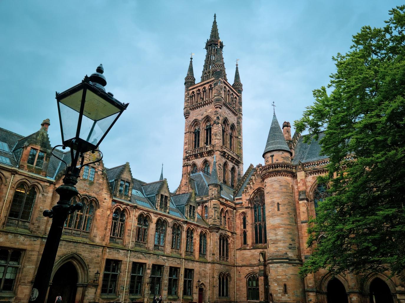 UK-educational-institutions-analysis